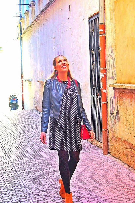 Expat, Nina travelling around Spain