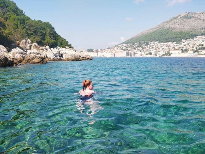 Expat Simone Swimming