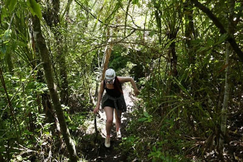 Expat Simone hiking