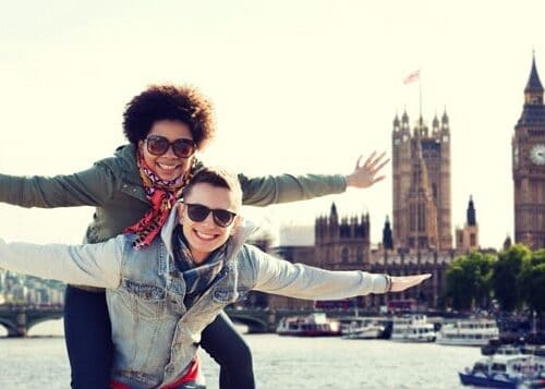 Two girls in London on their working holiday visa