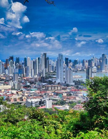 Panama city skyline and bay - a great place to live for locals and Expats