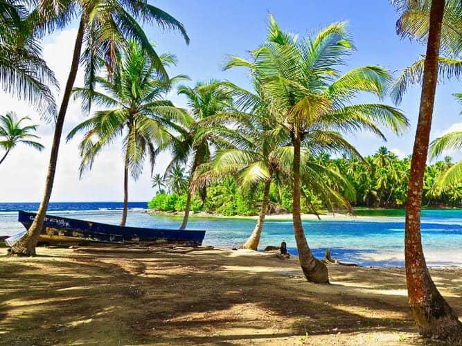 Beautiful beaches in Panama